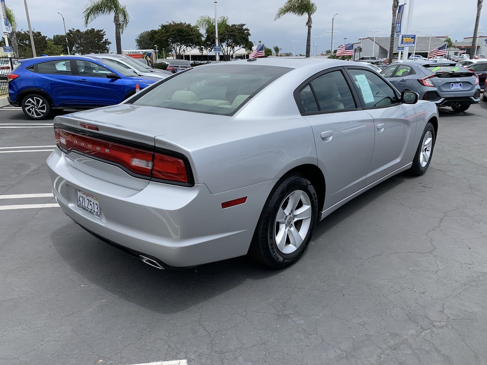 Pre-Owned 2012 Dodge Charger SE